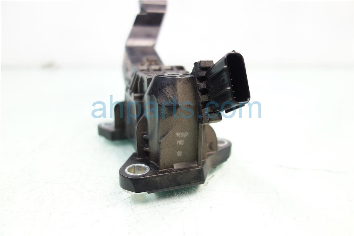 2013 Honda Accord GAS PEDAL 17800 T2A A01 17800T2AA01 Replacement