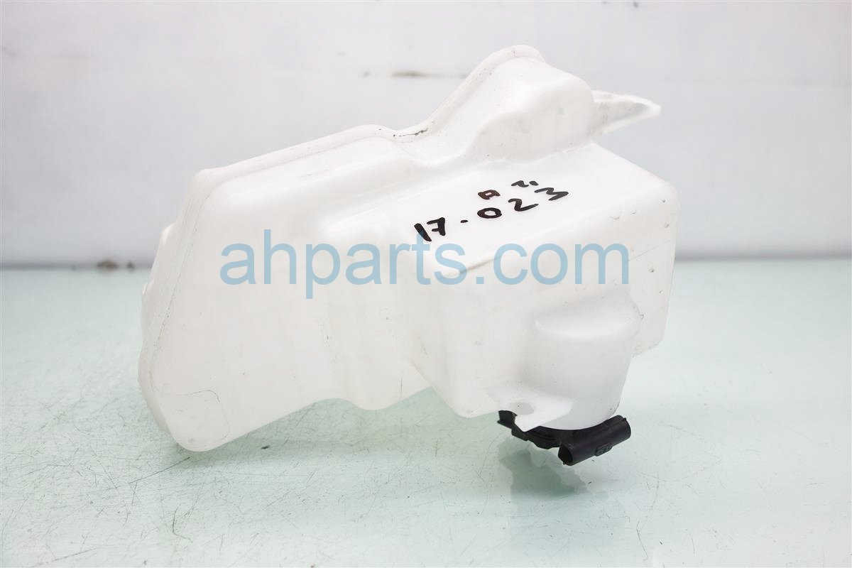 2017 Acura ILX WASHER RESERVOIR TANK 76841 TR3 A01 76805 TX8 A03 76846 TA5 A01 76841TR3A0176805TX8A0376846TA5A01 Replacement