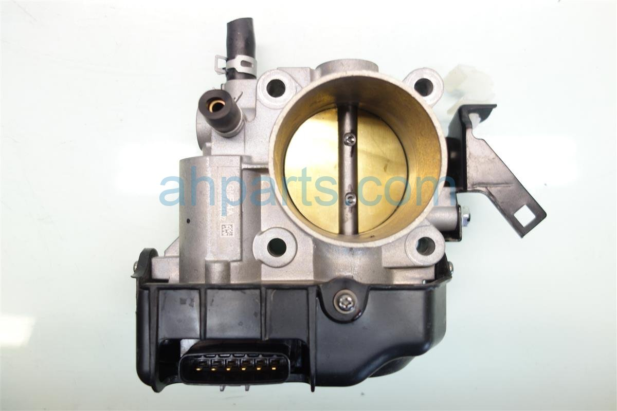 2017 Acura ILX AT THROTTLE BODY 16400 5A2 A02 164005A2A02 Replacement