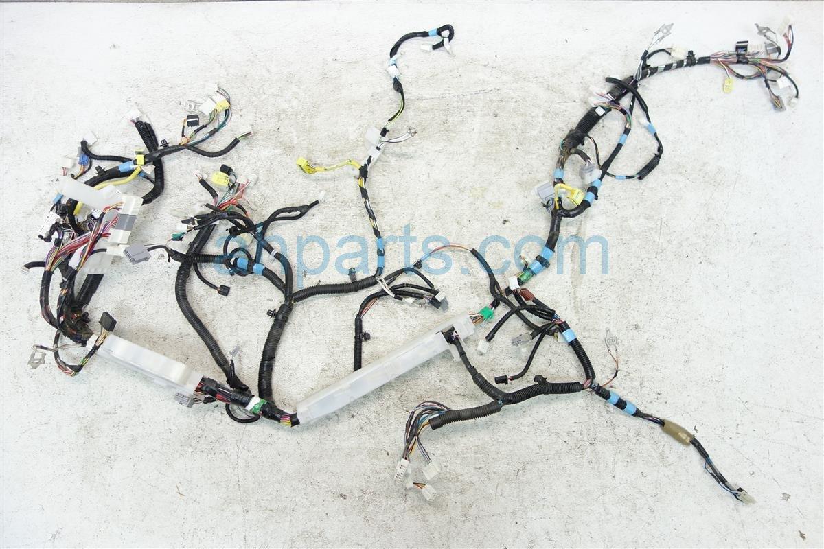 2011 Toyota Sienna Instrument Dash Wiring Harness 82141 08a40 92 Under Replacement
