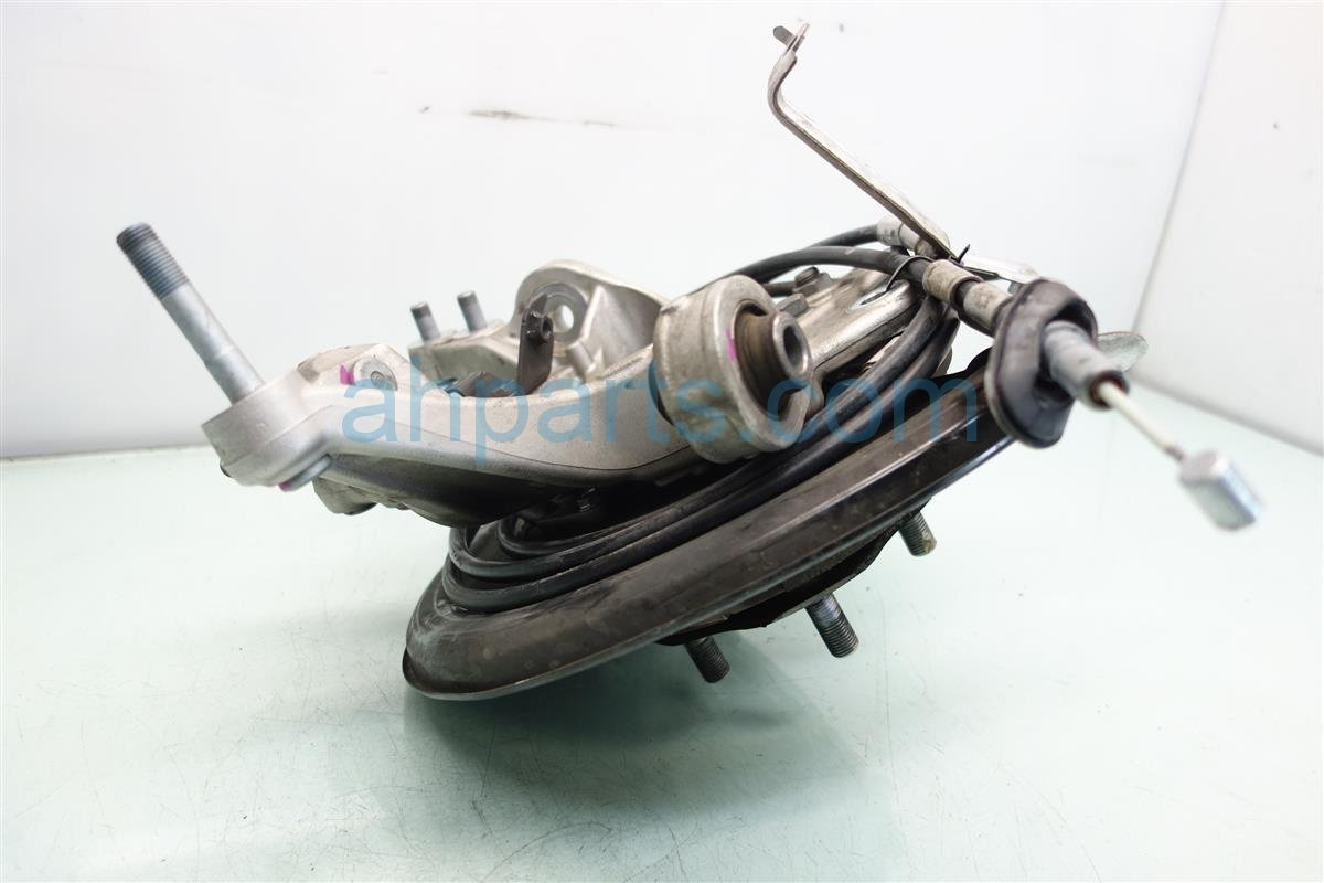2014 Honda Odyssey Axle stub Rear passenger SPINDLE KNUCKLE Replacement