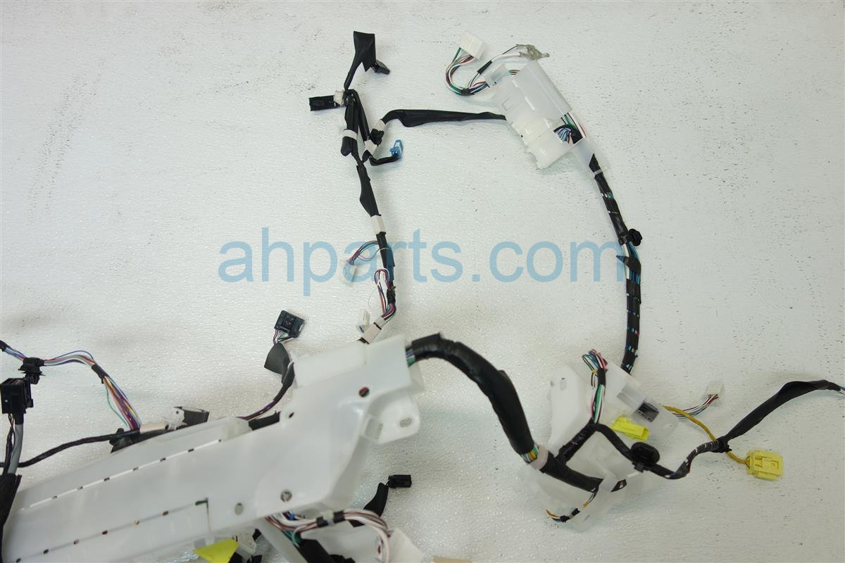 Toyota Wiring Harness Parts Library 2015 Corolla Instrument Panel Wire 82117 0z250 Replacement