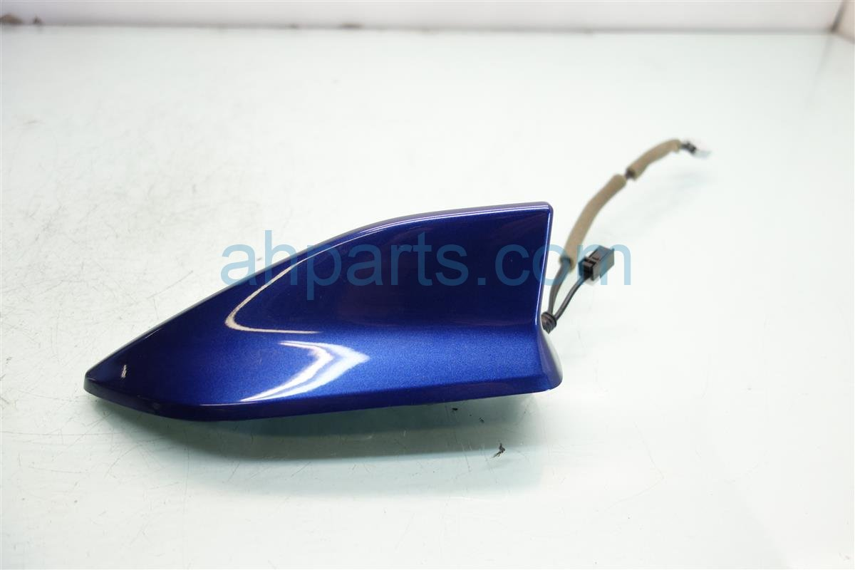 2016 Acura ILX ROOF ANTENNA CATALINA BLUE PEARL 39150 TX6 A51ZF 39150TX6A51ZF Replacement