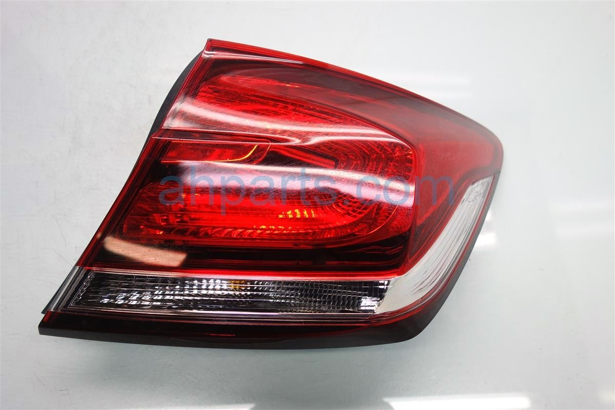 2013 Honda Civic Rear Passenger TAIL LAMP LIGHT ON BODY 33500 TR0 A51 33500TR0A51 Replacement