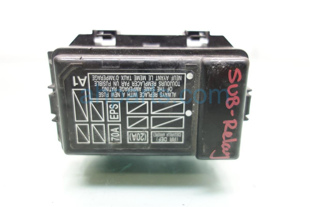 2008 Honda S2000 SUB FUSE RELAY BOX 38230 S2A A12 38230S2AA12 Replacement