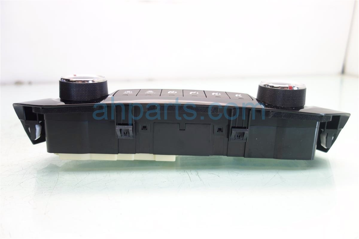 2016 Honda CR V Temperature Climate HEATER AC CONTROL ON DASH 79500 T1W A01 79500T1WA01 Replacement