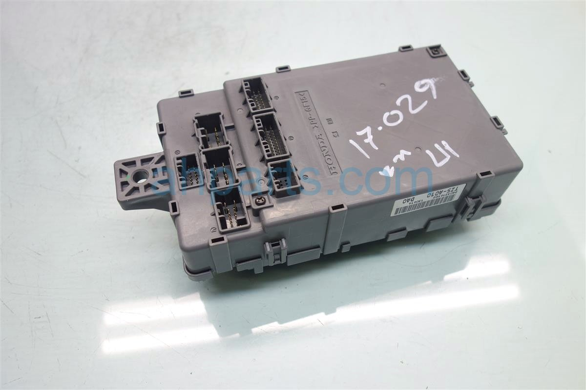 2014 Acura MDX DASH FUSE RELAY BOX 38200 TZ5 A01 38200TZ5A01 Replacement
