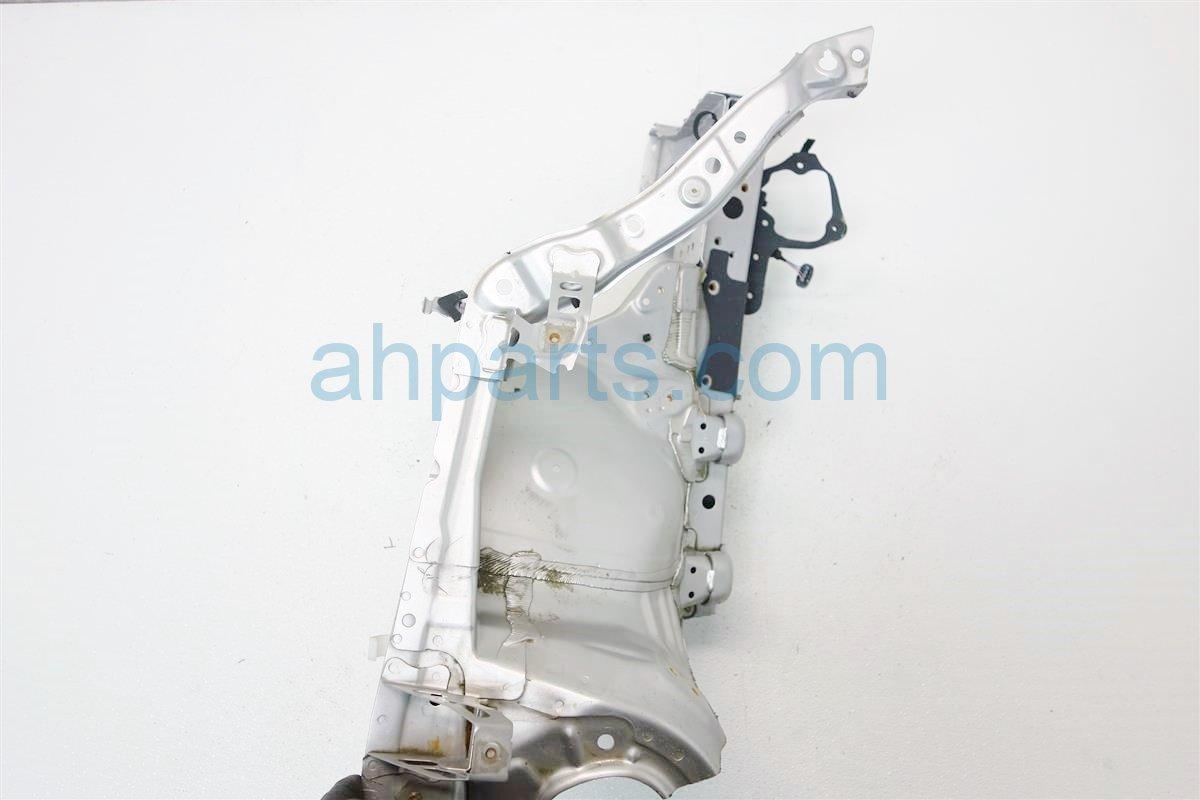 2011 Toyota Prius Driver APRON FRAME RAIL SILVER 53702 47050 57028 47020 53702470505702847020 Replacement