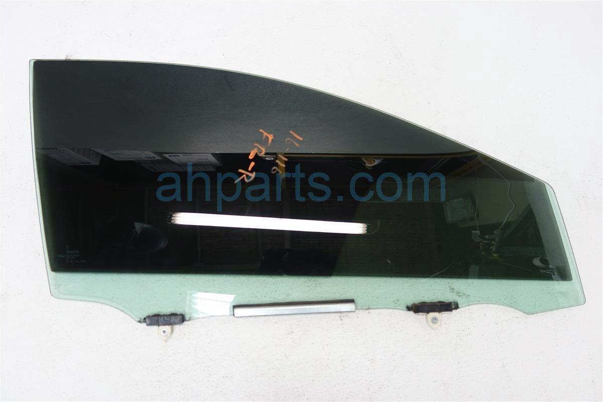 2015 Toyota Corolla Front window FR R DOOR GLASS 68101 02420 6810102420 Replacement