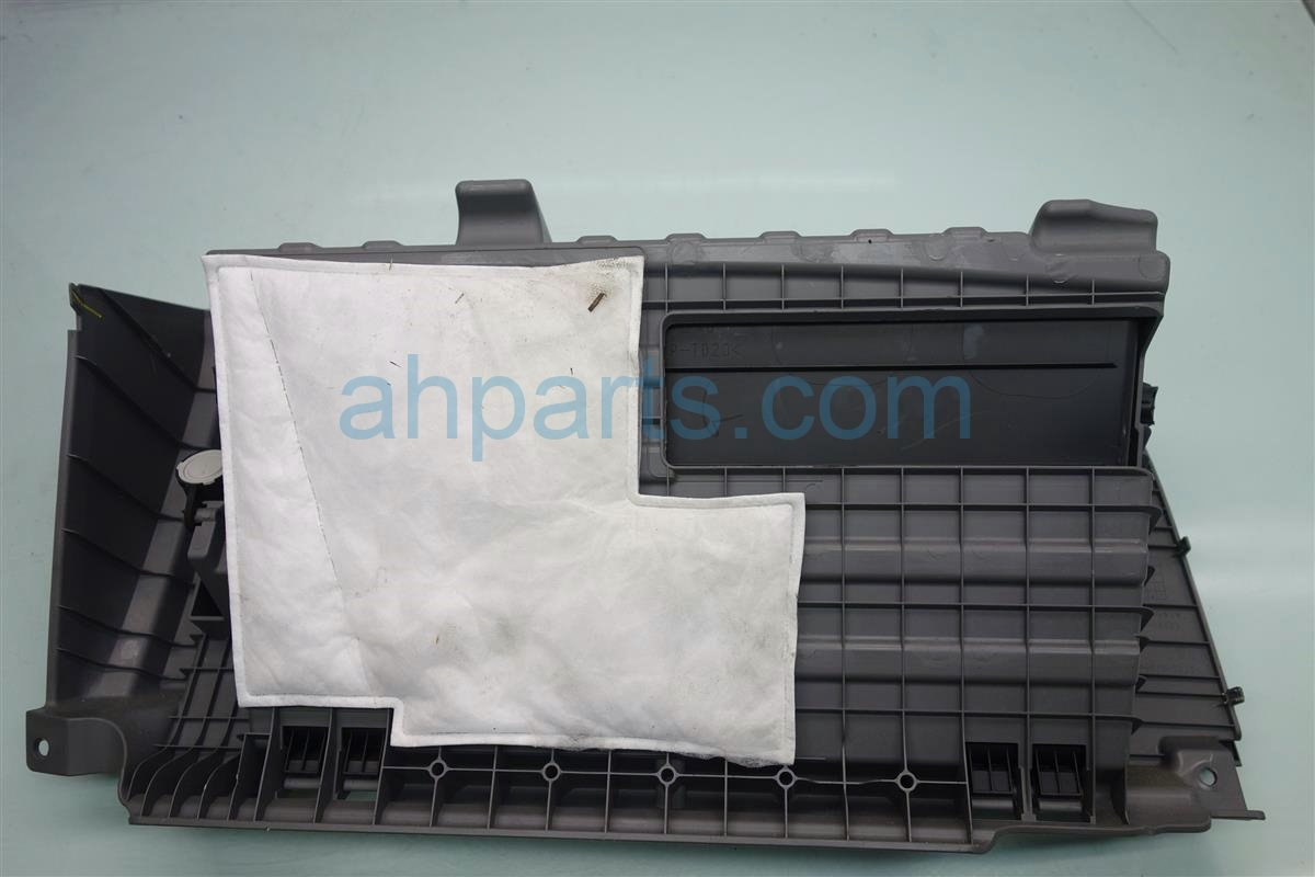 2014 Toyota Sienna GLOVE COMPARTMENT BOX GRAY Replacement