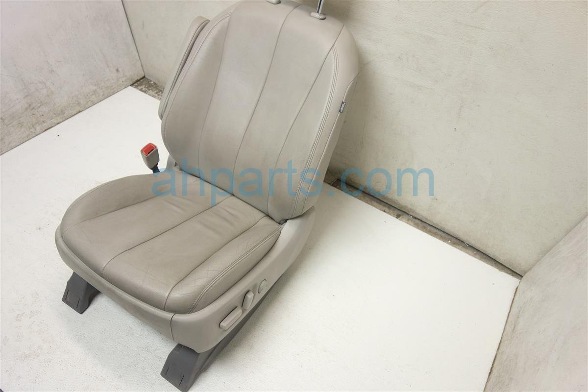 2014 Toyota Sienna Front passenger SEAT GRAY LEATHER Replacement