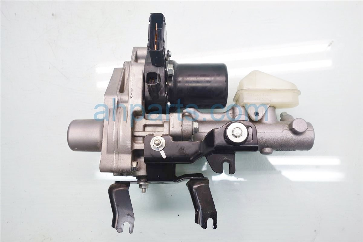 2014 Honda Accord Brake master TANDEM MOTOR CYLINDER 57306 T3V A01 57306T3VA01 Replacement