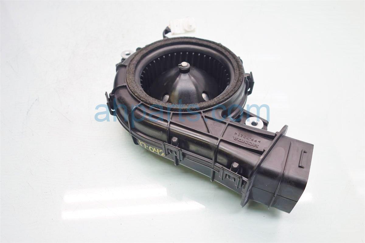 2014 Honda Accord Air blower HYBRID PLUG IN UPPER FAN MOTOR 1J820 5K0 003 1J8205K0003 Replacement