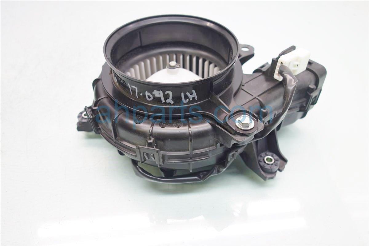 2014 Honda Accord Air blower motor HYBRID PLUG IN Driver COOLING FAN 1J830 5K0 003 1J8305K0003 Replacement