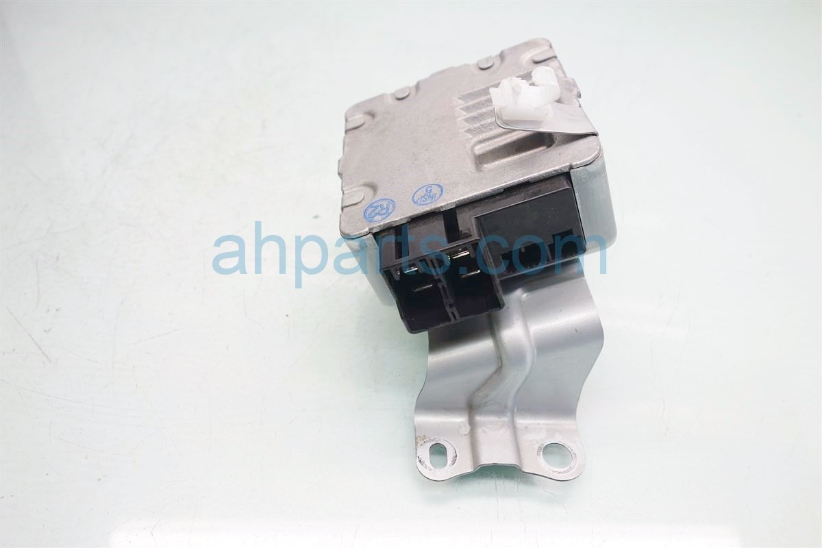 2010 Toyota Prius STEERING CONTROL MODULE 89650 47240 8965047240 Replacement