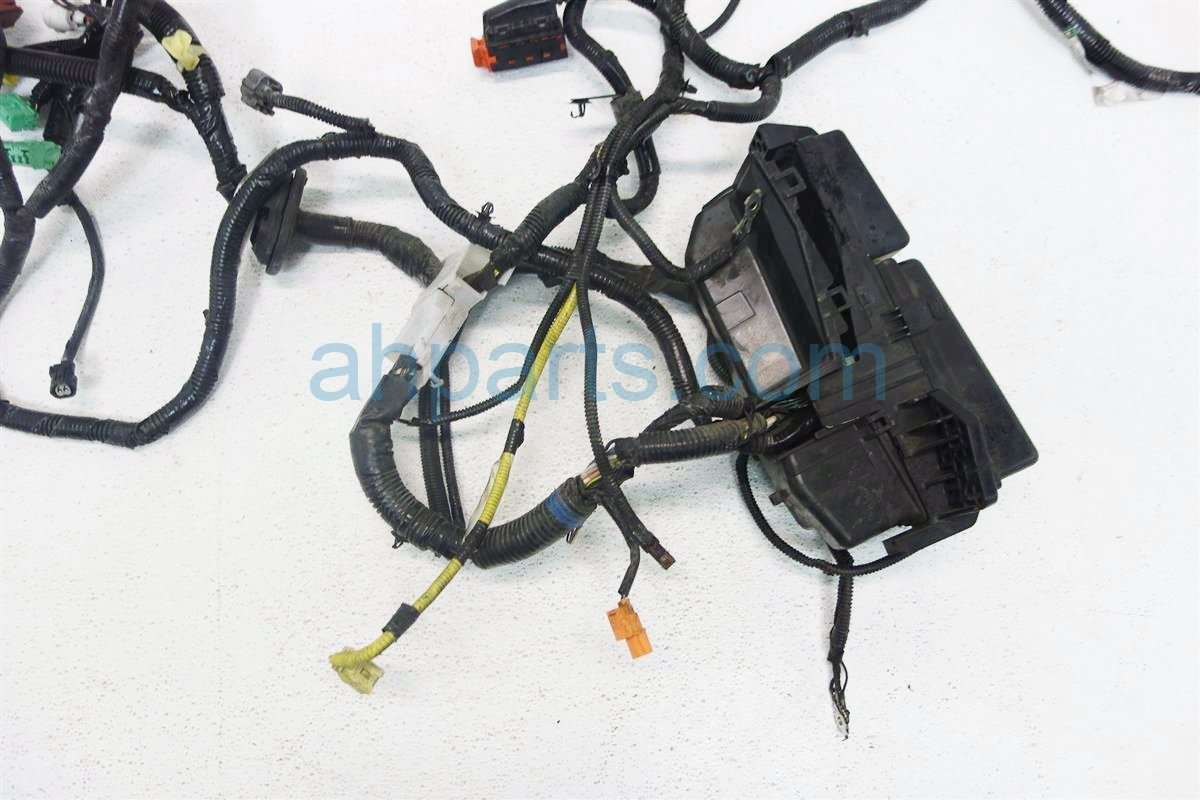 2007 Honda Accord HEADLIGHT BAY HARNESS W FUSE BOX 32120 SDN A03 32120 SDN A43 HAS 32120SDNA0332120SDNA43HAS Replacement
