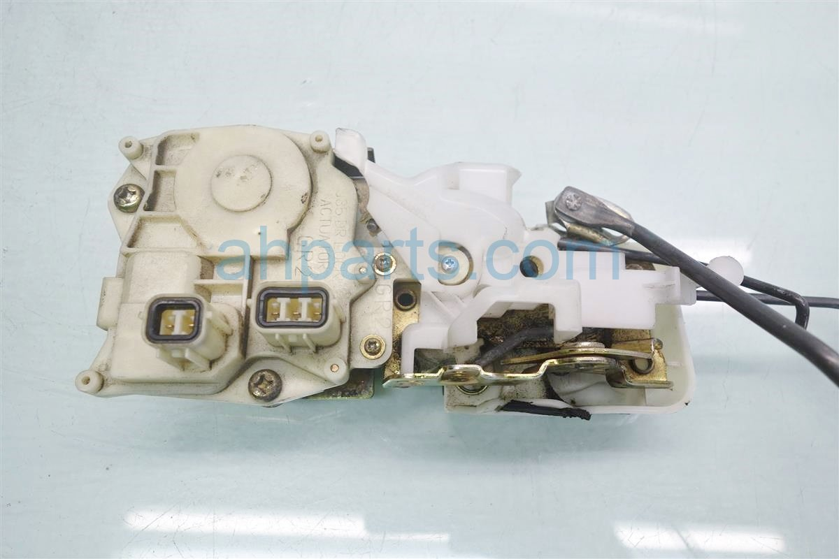 1999 Honda Accord 4DR Front passenger DOOR LOCK ACTUATOR 72110 S84 A02 72110S84A02 Replacement