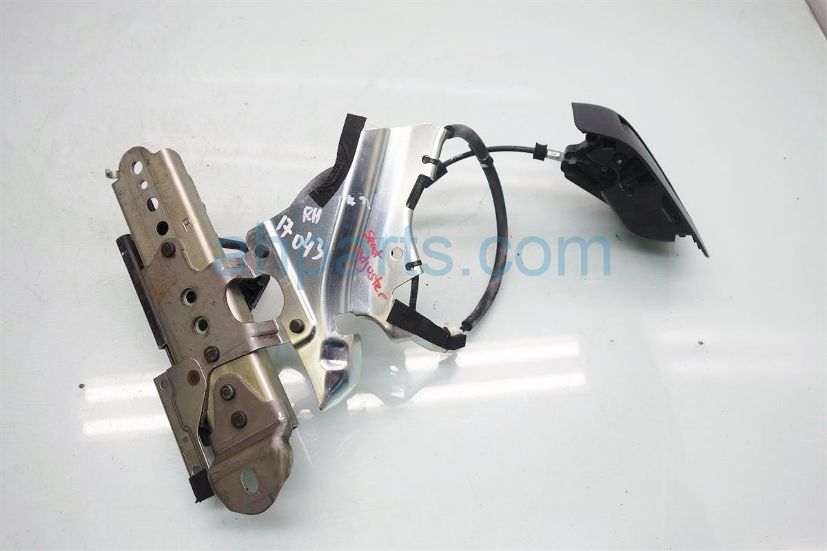 2010 Toyota 4 Runner Inside Interior door handle Rear passenger SEAT LOCK AND ADJUSTER 72650 60200 7265060200 Replacement