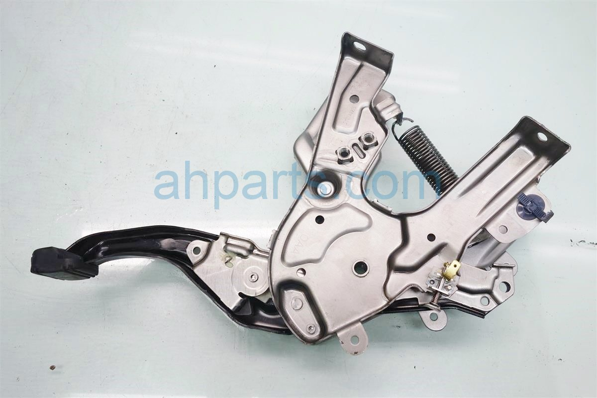 2016 Honda CR V PARKING BRAKE FLOOR PEDAL 47100 T0A A71 47100T0AA71 Replacement