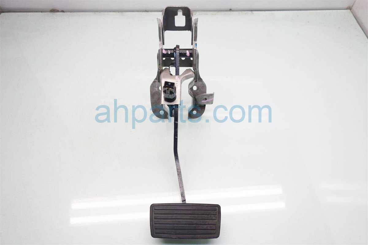 2012 Honda Accord AT BRAKE PEDAL 46600 TA0 A83 46600TA0A83 Replacement