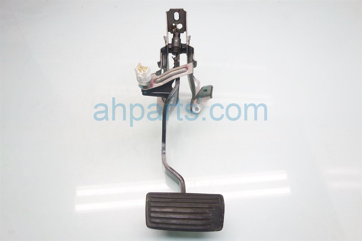 2001 Honda Accord AT BRAKE PEDAL 46600 S84 A72 46600S84A72 Replacement