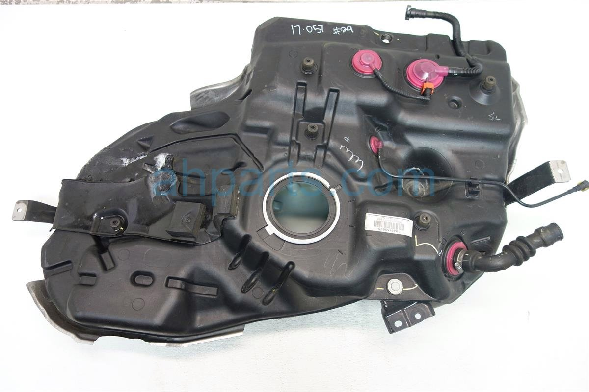 2014 Toyota Highlander 2WD GAS FUEL TANK 77001 08080 7700108080 Replacement
