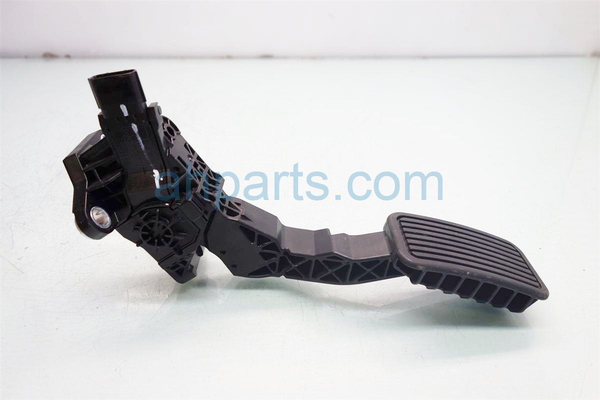 2015 Acura MDX GAS PEDAL 17800 T2A A01 17800T2AA01 Replacement