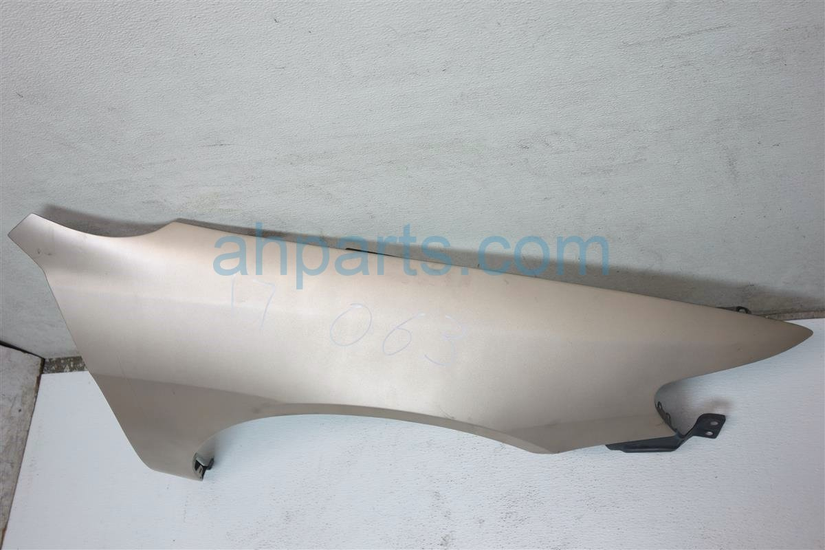 1998 Honda Accord Front Passenger FENDER AFTERMARKET BENT GOLD Replacement