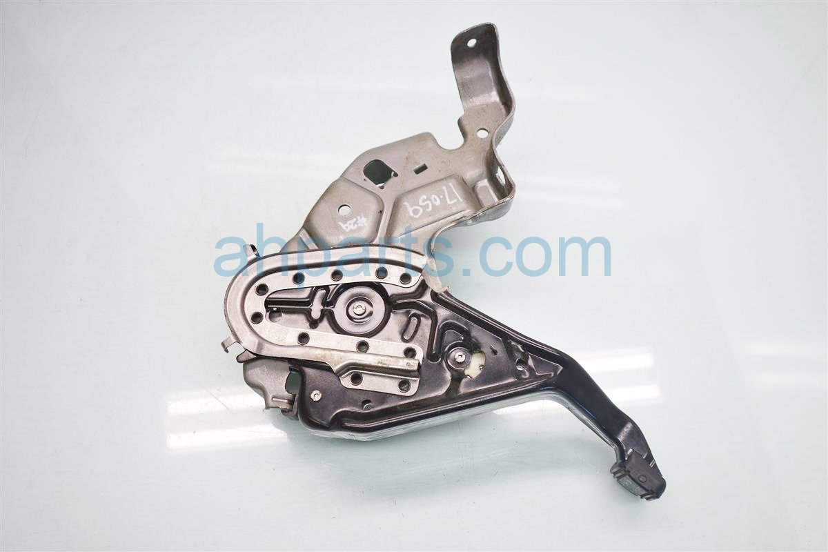 2014 Honda Odyssey E BRAKE PARKING BRAKE PEDAL 47100 TK8 A02 47100TK8A02 Replacement