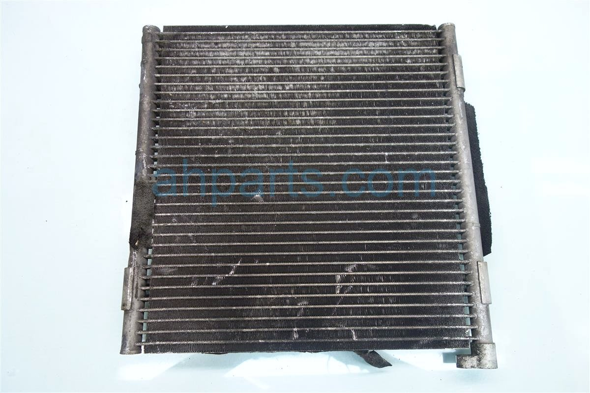 1997 Honda Civic AC Condenser CONSENSOR SAM 80110 S01 A11 80110S01A11 Replacement