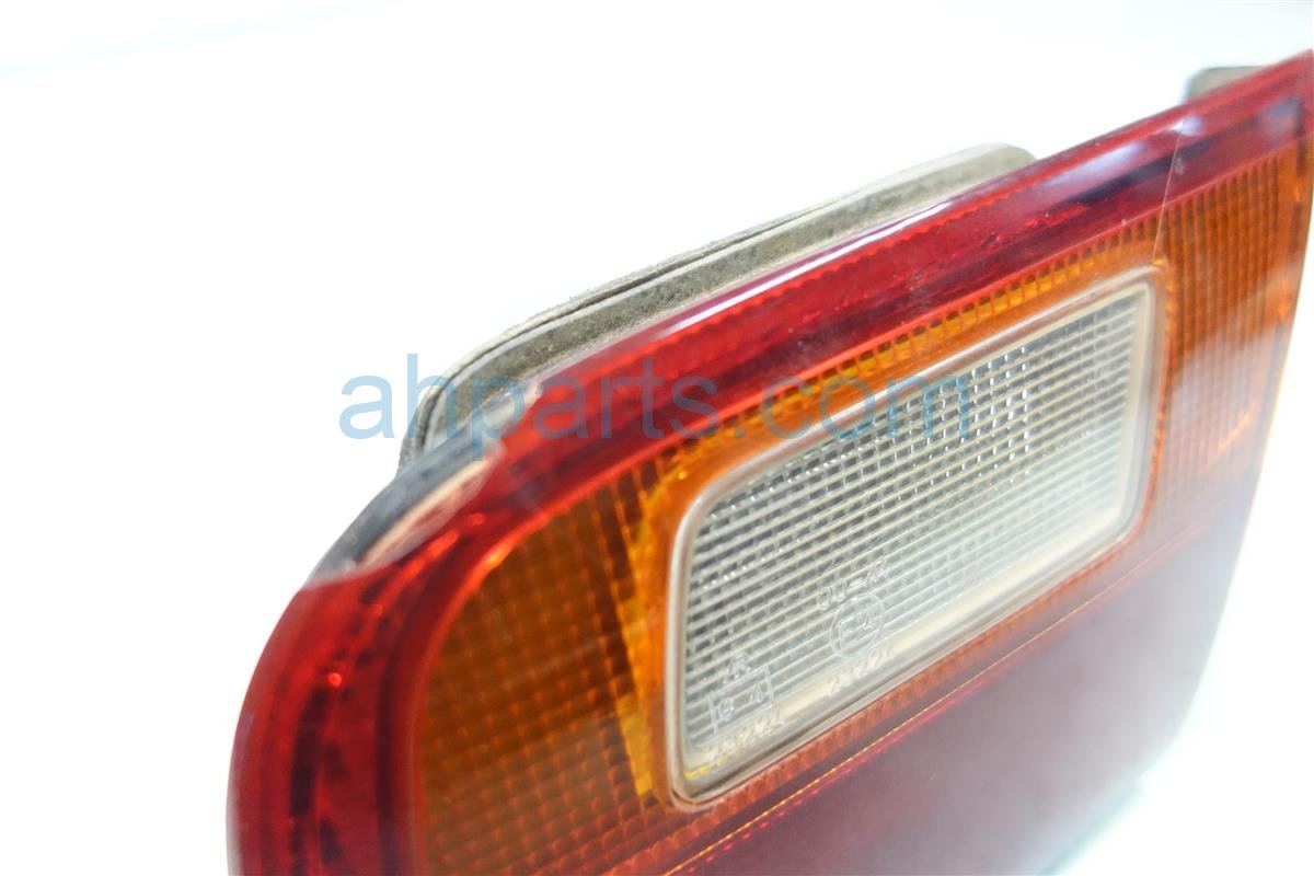 1992 Honda Civic Light Rear TAIL LAMP RH ON LID 34150 SR4 A01 34150SR4A01 Replacement