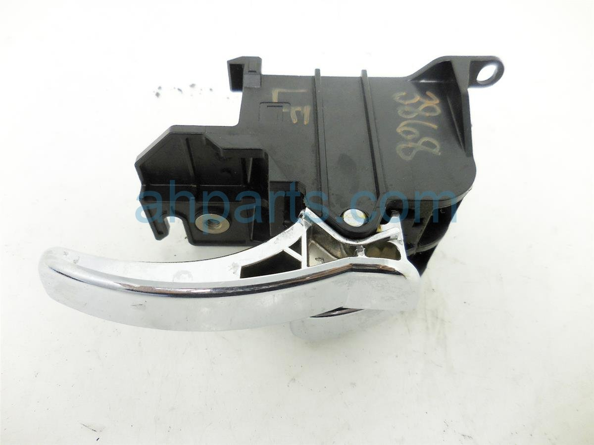 2005 Nissan Frontier Inside LF Interior Door Handle Silver 80671 EA500 80671EA500 Replacement
