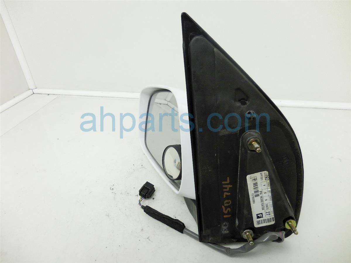 2005 Nissan Pathfinder Rear Driver Side View Mirror White 96302 EA18E 96302EA18E Replacement