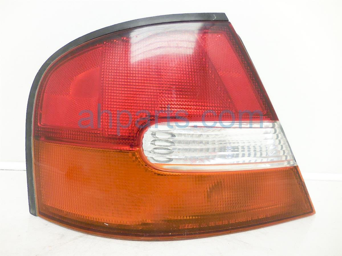 1999 Nissan Altima Lamp Rear Driver Tail Light 26559 9e025 Replacement