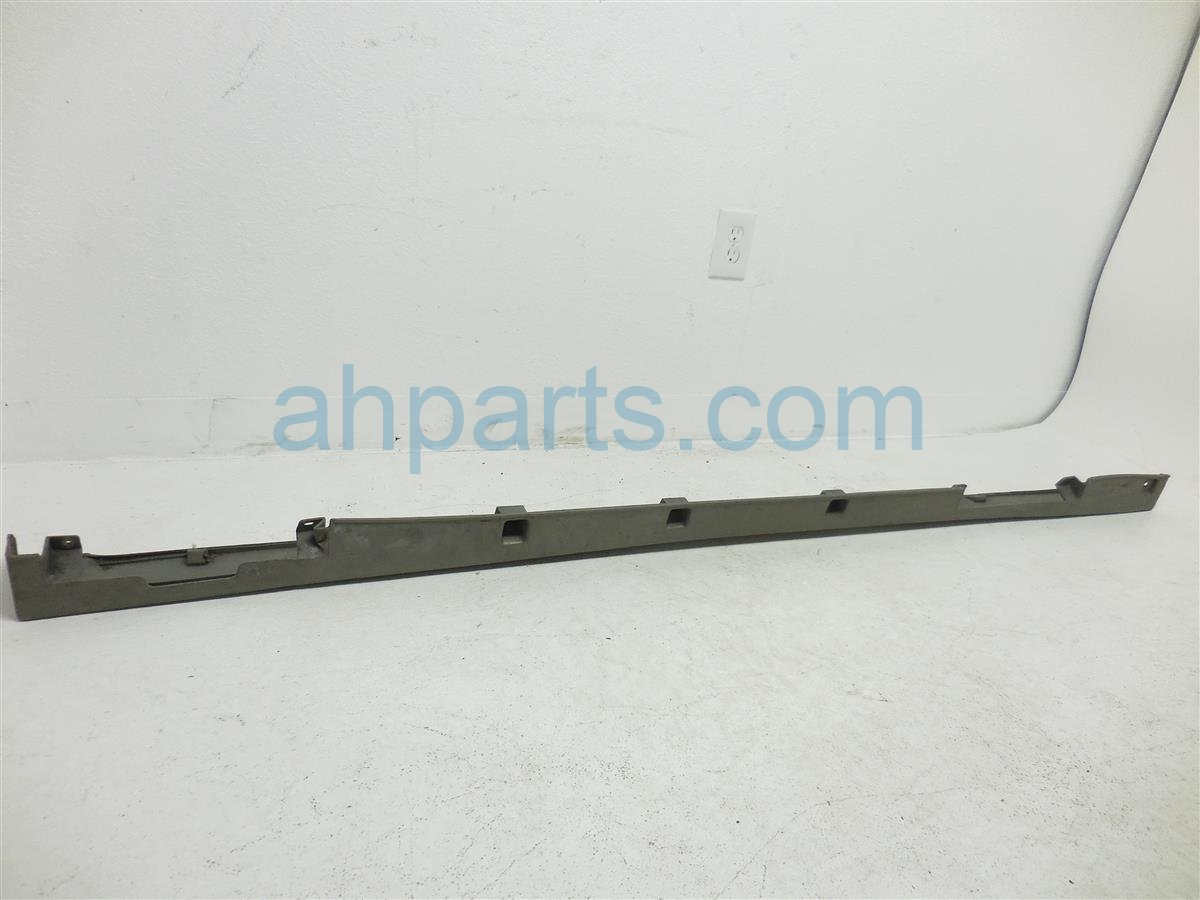 2000 Infiniti G20 Rocker Molding / Trim Driver Side Skirt   Green 768533J120 Replacement