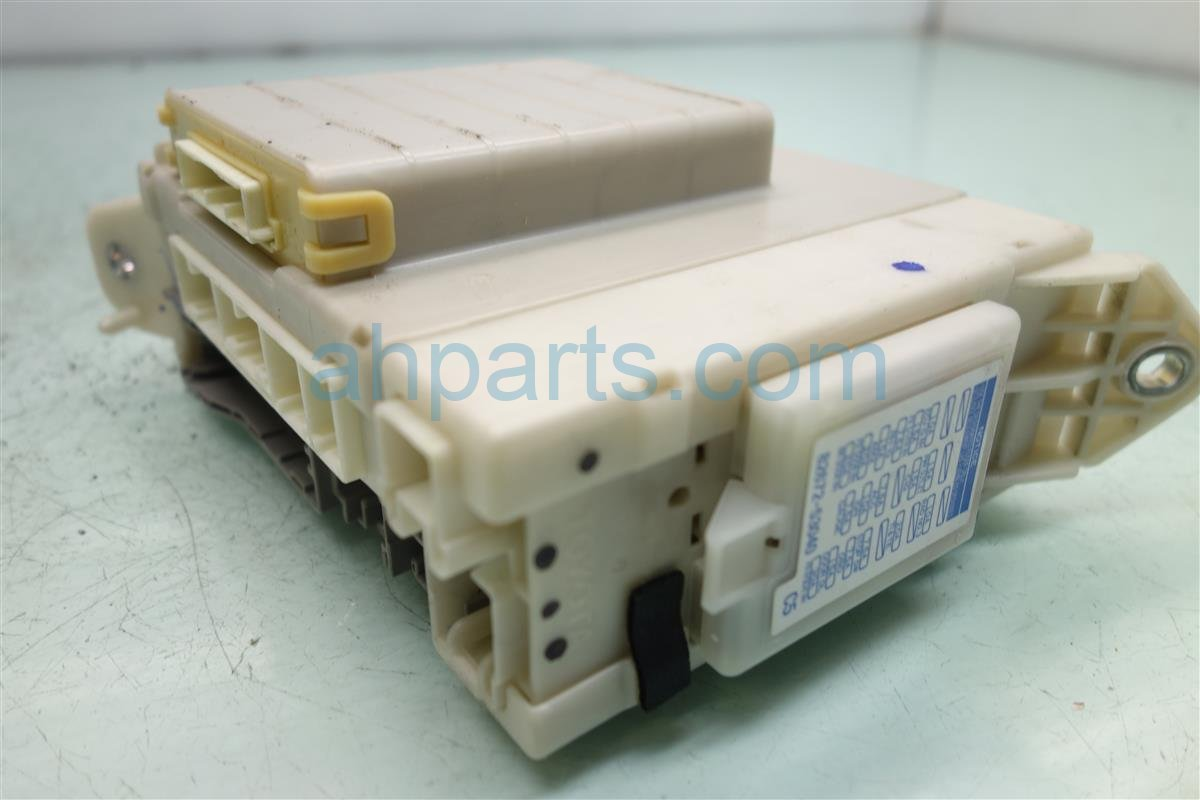 ... 2007 Lexus Is 250 Driver Cabin Fuse Box Junction 82733 53040  Replacement ...