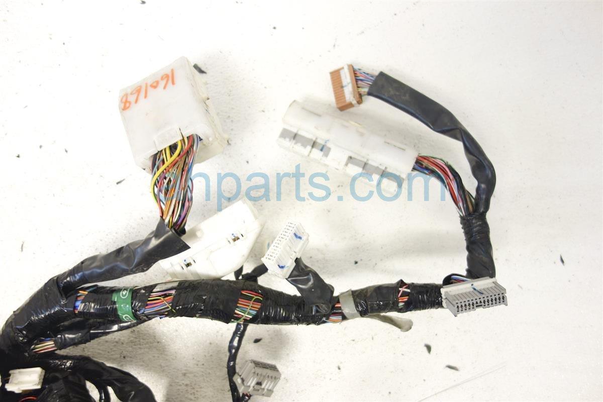 Pleasant 2004 Infiniti Q45 Main Body Wiring Harness 4 5L At 24010 At802 Wiring 101 Akebretraxxcnl