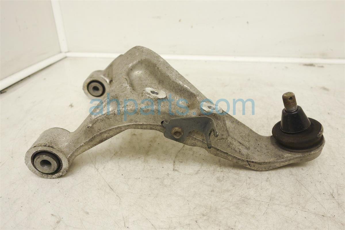 2005 Nissan Altima Rear Passenger Upper Control Arm 55501-8J000 Replacement