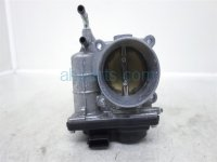 $60 Infiniti RIGHT THROTTLE BODY