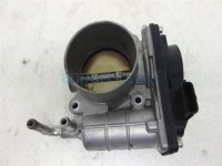 $60 Infiniti RIGHT BANK THROTTLE BODY