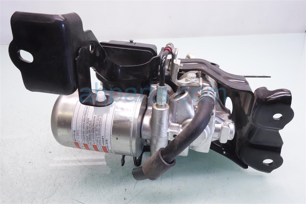 2016 Toyota Prius Abs Vsa Modulator Anti Lock Brake Actuator And Pump
