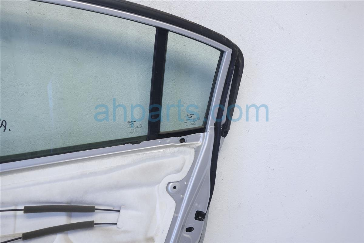 2012 Nissan Sentra Rear passenger DOOR ASSEMBLY SILVER IQ Replacement