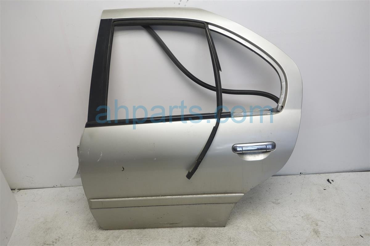 1995 Infiniti G20 Rear Driver Door Assembly, Gold, Iq Replacement