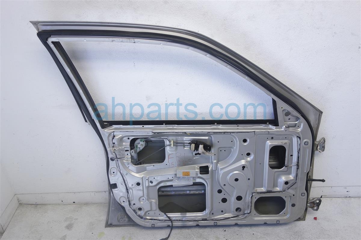 1995 Infiniti G20 Front Driver Door, Silver, Shell, Replacement