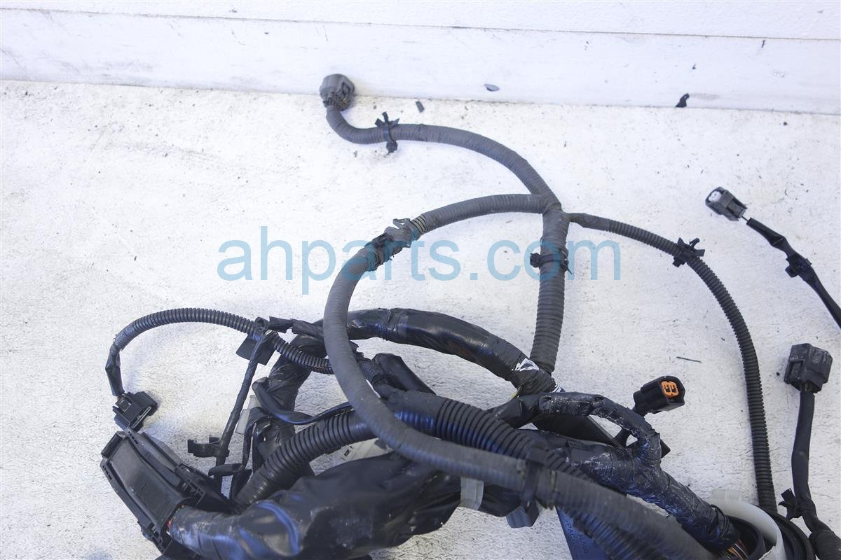 2005 Infiniti G35 Engine Wire Harness  Sedan  At 24011