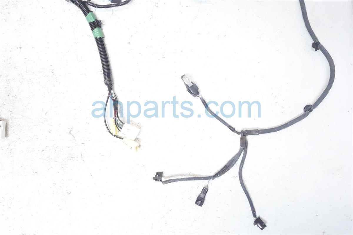 2013 toyota sienna engine room wire harness 82111