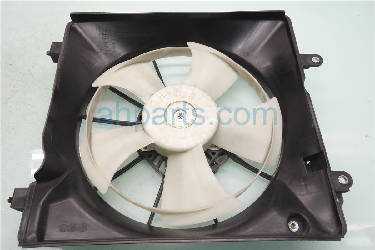 2014 Honda Civic Cooling Radiator Fan Assembly 19020 R1A A01 Replacement