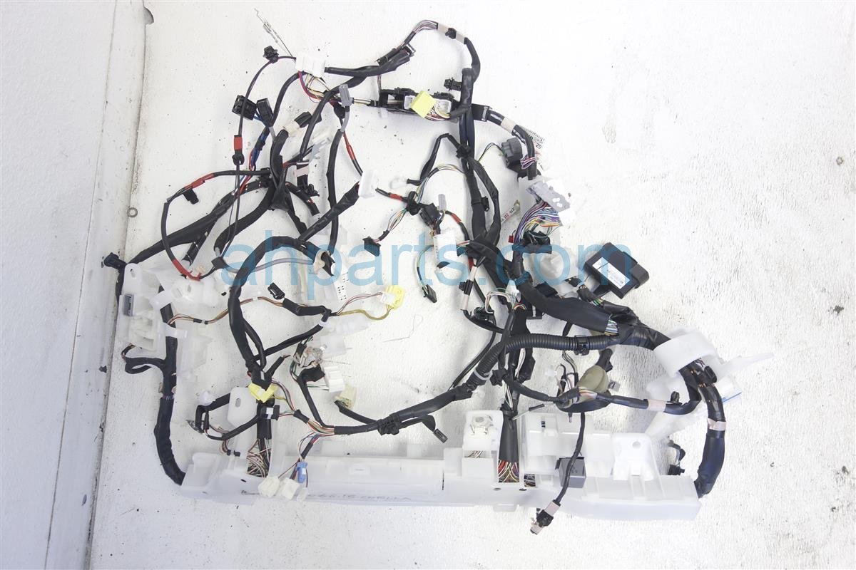 2015 toyota corolla instrument dash panel wiring harness 82118-0zm51  ah parts dismantlers