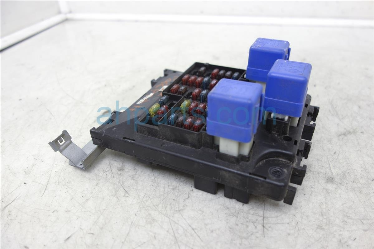 1998 Nissan Pathfinder Fuse Box Wiring Library 2006 Block Assy Junction 24350 1w600 Replacement