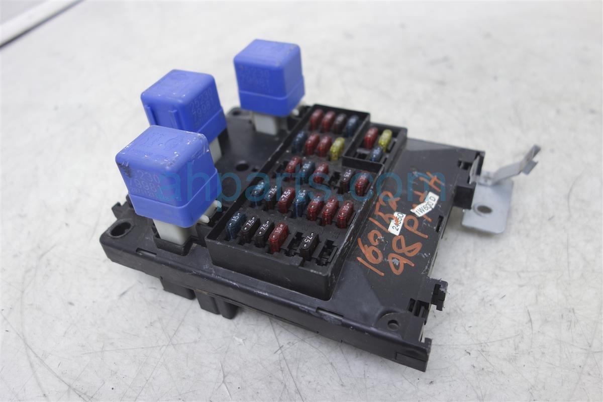 1998 nissan pathfinder fuse box block assy junction 24350. Black Bedroom Furniture Sets. Home Design Ideas